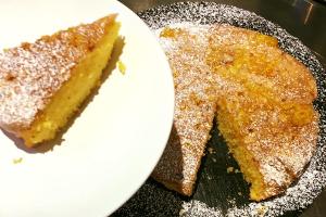 Polenta and Orange Cake