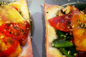 Puff pastry spicy veggie slices